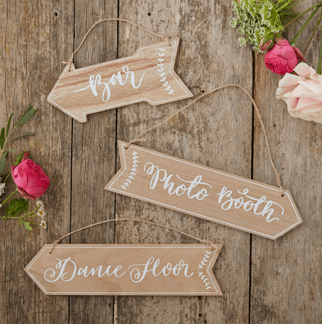 Wooden Arrow Signs – Boho