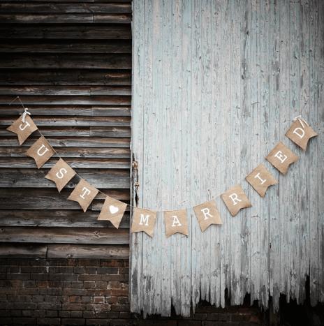 Hessian Burlap Just Married Bunting – Vintage Affair
