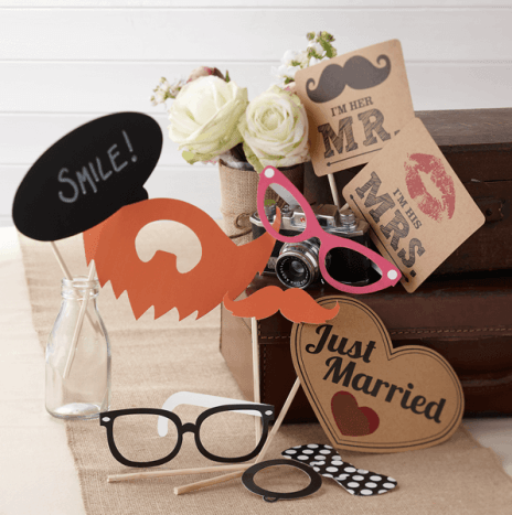 Photo Booth Props Kit – Vintage Affair