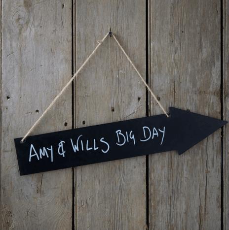 Wooden Chalkboard Arrow – Vintage Affair